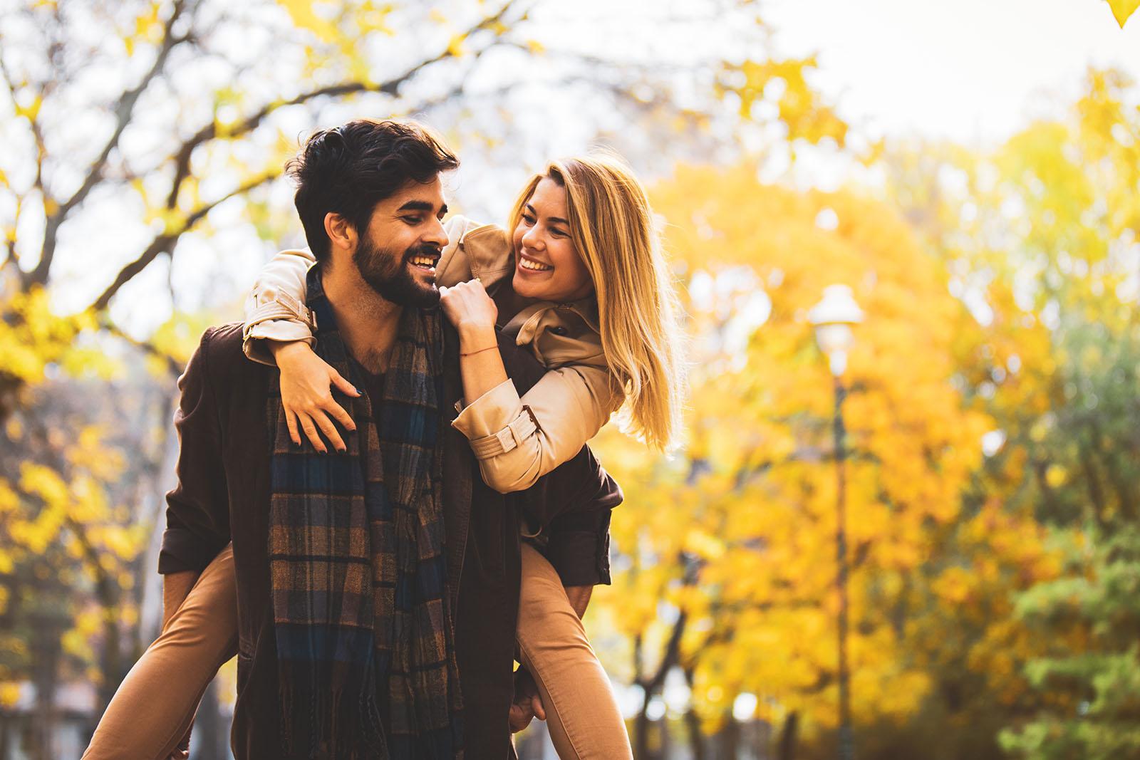 happy-couple-with-trees
