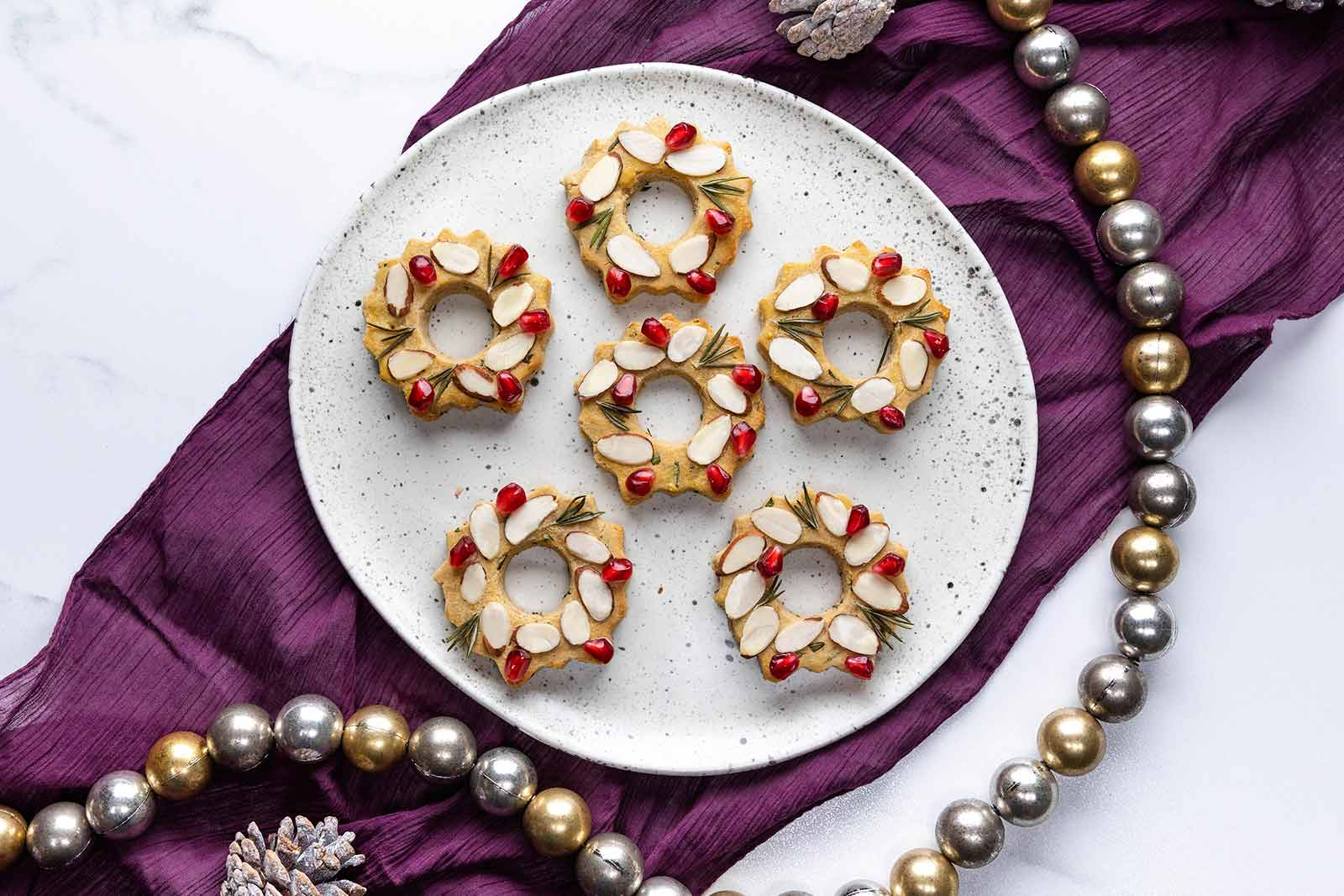 Rosemary Holiday Wreath Cookies